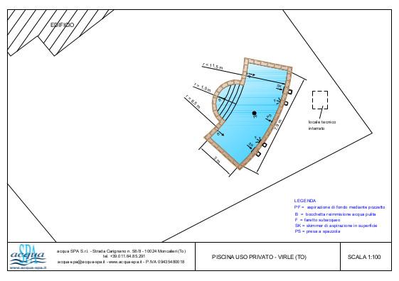 Piscina interrata isoblok, forma libera, fondo piano, scala romana. Progettazione erealizzazione piscina Acqua SPA a Virle